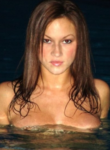 Kate Swiming At Night - Picture 9